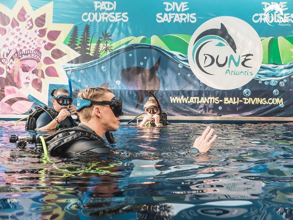 Quel est le tarif plongée bali pour une plongée à la journée ?